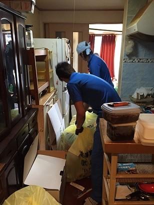 横浜市 遺品整理 お部屋一式回収 多量ごみ