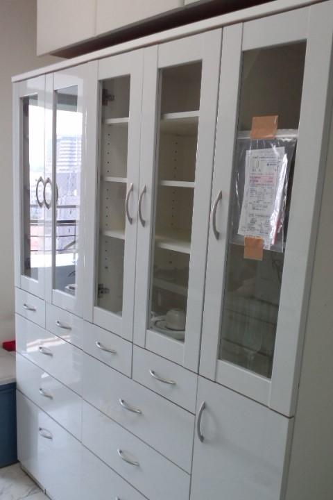 食器棚 雑品類 運び出し 廃棄